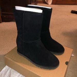Classic Femme UGG boots